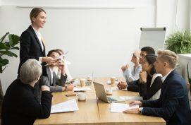 الإدارة والقيادة